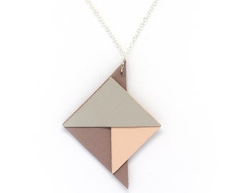 "Hand made leather ""Art deco"" gray, purple and pink triangles necklace"