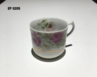Vintage teacup / demitasse, Peonies
