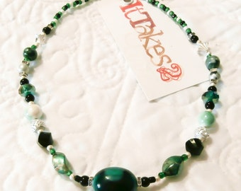 """18"""" Green, Silver, White and Black Necklace."""