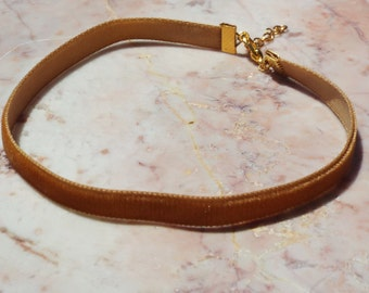 VELVET choker in honey brown