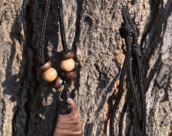 Stone pendant necklace, with black wire bail and adjustable paracord