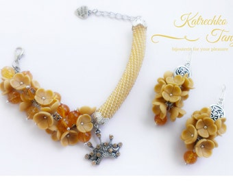 "Set ""Citrine and flowers"""