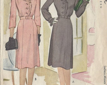 "1943 Vintage Sewing Pattern B34"" DRESS (41) McCall  5468"