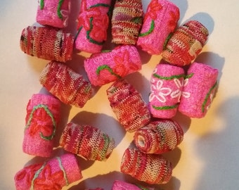 Set of 19 rolled fabric beads, pink, red, green, flowers, embroidery