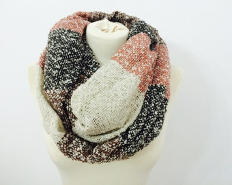 Blanket Infinity Scarf, Chunky Scarf, Blanket Scarf, Knitted Infinity Scarf, Winter Scarf, Cowl Scarf, Warm Scarf, Circle Scarf, Scarves
