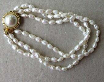 Vintage 1980s Natural Pearl Bracelet 3 Strand
