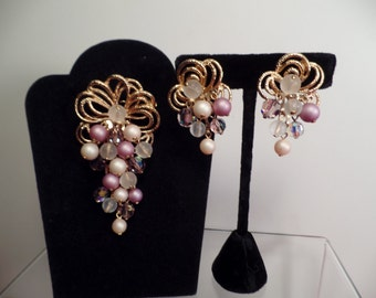 1960's Dangling Beads Set with Shades of Lavender