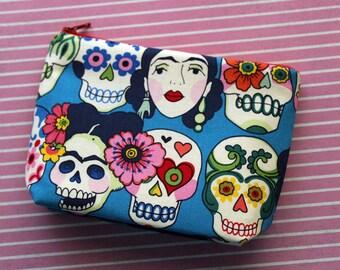 Makeup bag - cosmetics pouch - sugars skulls bag - skull pouch - skull makeup bag - sugars skulls cosmetics pouch - frida kahlo - colorful
