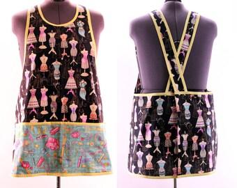 Plus Size Craft Apron in Seamstress print