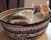 Cuddly cat snuggle bed - Fall Colors - Black and White with a hint of red