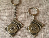 Bronze Turntable Keychain / Turntable  Key Chain / Turntable Key Ring / Musician Gifts / Dj Gifts / Gifts for Music Lovers / Zipper Pulls