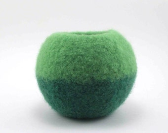 Felted wool bowl - round bowl - wool felt - spring green and grass