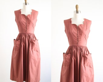 Vintage Brown Scalloped Two Piece Dress