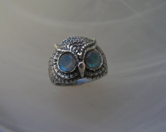 Owl Ring Sterling Silver With Labradorite