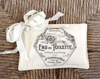 FREE SHIPPING Beautiful Lavender Sachet Featuring Antique French Graphics (4)