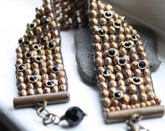 Bead woven Bronze Black Bracelet