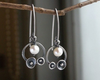 Organic Bud Earrings Pearl