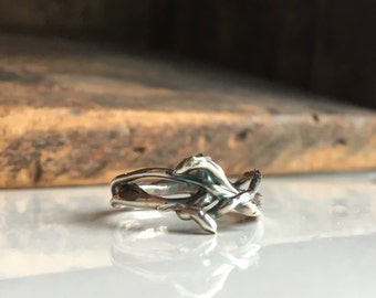 Fine Silver Twig Ring, Size 7, .999 Silver, Kiln Fired, Artisan Ring, Silver Band Ring, Crown of Thorns, Branch Ring