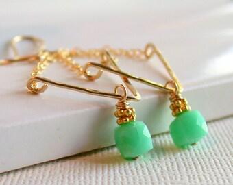 Chrysoprase Swing Earrings. Chrysoprase Drop Earrings. Gemstone chandeleir Earrings. Chrysoprase Chandeleir Earrings.