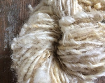 Creamy white Lincoln wool locks yarn 48 yards bulky chunky curly handspun rustic art yarn