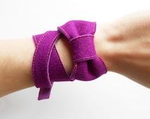 Purple and violet long fastened felt bow bracelet, felt bow cuff, felt bangle, tight bracelet, boho jewelry, felt jewellery