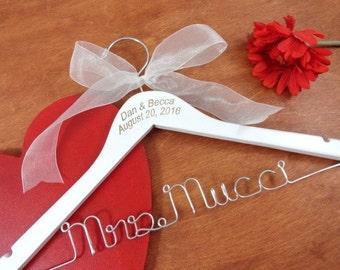 Wire Name Hanger Custom Name Hangers Bride Coat Hangers Bridal Accessories Wedding Dress Hangers Personalized Hangers