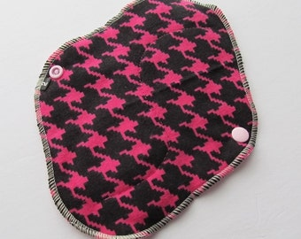 Cloth Mama Pad / Reusable Cloth Pad - Regular Flow  - Black & Pink Houndstooth Printed Flannel 8 Inch FREE Shipping