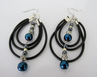 Silver and Black Solid Synthetic Rubber Triple Looped Earrings with Dangle Beads