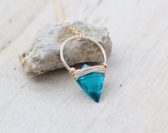 Arrowhead Gemstone Necklace , Teal Quartz Hoop Stone In Gold , Rose , Sterling , Modern Layering Jewelry - Albatross