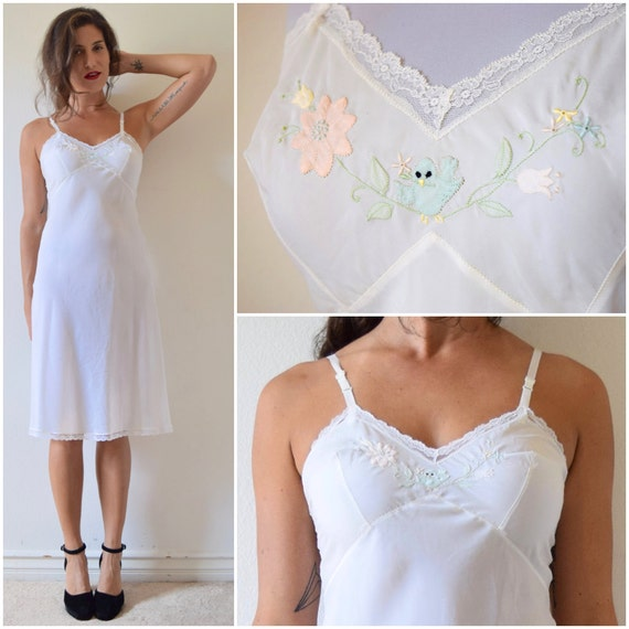 Vintage 50s 60s Corhan Noumair Bird Song Embroidered Bias Cut White Silk Slip (size xs, small)