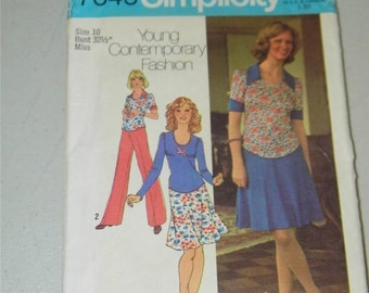 Vintage Simplicity Dress Top Pants pattern 7045 Size 10 11806 1970's