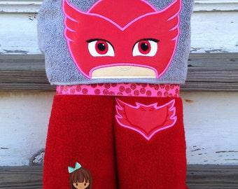 Bedtime Heroes Hooded Towel PJ Masks Owlette