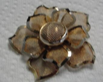 Gold Tone Mesh Flower Brooch