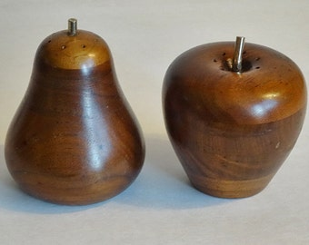 Wood Apple Wood Pear Salt Pepper Shakers Mid Century