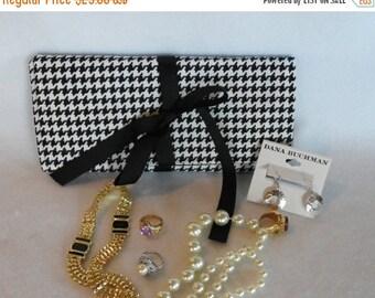 On Sale 317 - Jewelry Travel Case/Wallet/Roll