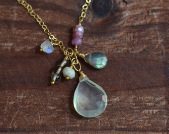 14kt Gold Prehnite Necklace - Mixed Stone Cluster Necklace - Elegant Boho Necklace - Labradorite Necklace - Soft Pale Yellow Green Necklace