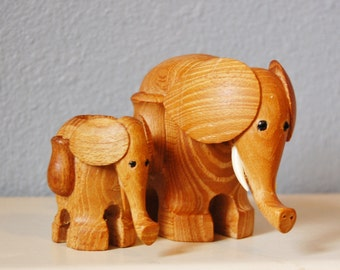 1960s Vintage Mod Wood Elephant Duo Toothpick Holder and Mystery