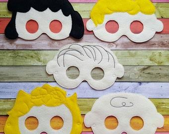 Peanut Pals Blockhead Felt Masks Set