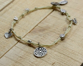 Gate Opening Solomon Seal and lucky Charms Anklet in Cream