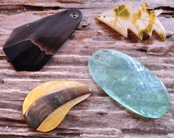 Shell pendants | Shell Assortment 4 piece