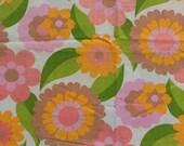Seventies vintage floral fabric - 100x75 cm.