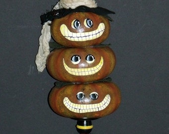 Hand Painted PUMPKIN JACKS and SPIDERS Halloween Gourds - Home Decor - Halloween Decor - Tole Painted - Decorative Painting - Smiling Jacks