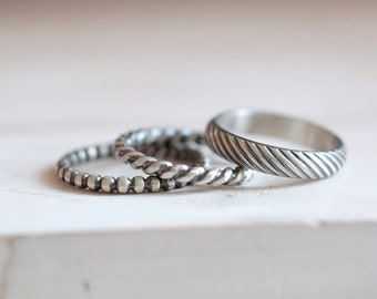 Beaded band. Sterling silver beaded ring. Silver beaded band, stacking ring, wedding ring, wedding band, fashion ring, ball ring, stackable.