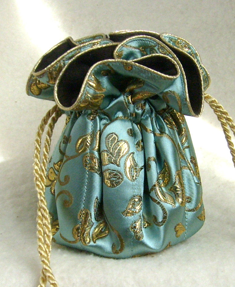 King midas anti tarnish jewelry pouch bag in gold and for Anti tarnish jewelry bags