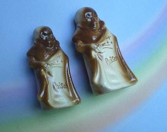 Vintage Poison Salt and Pepper Shakers Skeleton Shroud