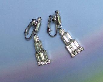Vintage 30s Deco Crystal Rhinestone Skyscraper Clip On Earrings