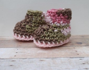 Crochet Baby Girl Booties, Girl Newborn Booties, Crochet Baby Boots, Coming Home, Infant, Pink Camo,