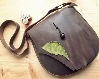 Leather Messenger Bag,across body bag, POD 3109 chocolate