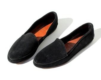 Size 12 Men's Black Suede Slip on Shoes