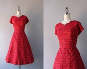 1950s Dress / 50s Red Floral Cotton Dress / Vintage 1940s Scalloped Neckline Full Skirt Red Dress